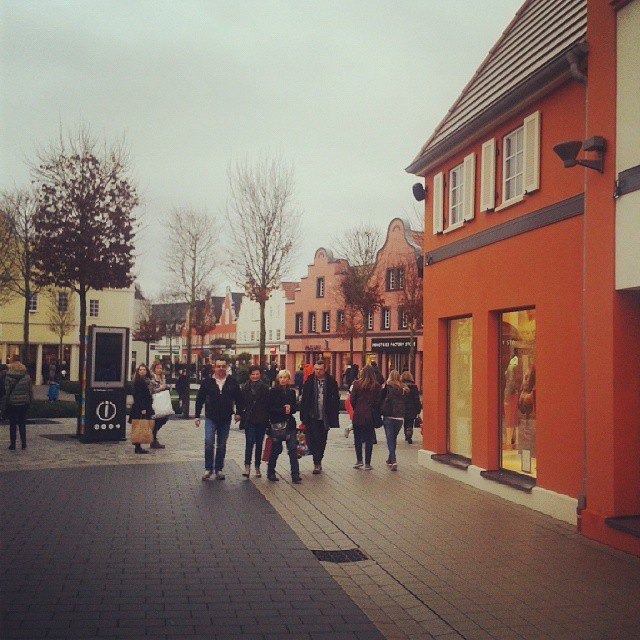 Let's go to the mall today #roppenheim #style #outlets