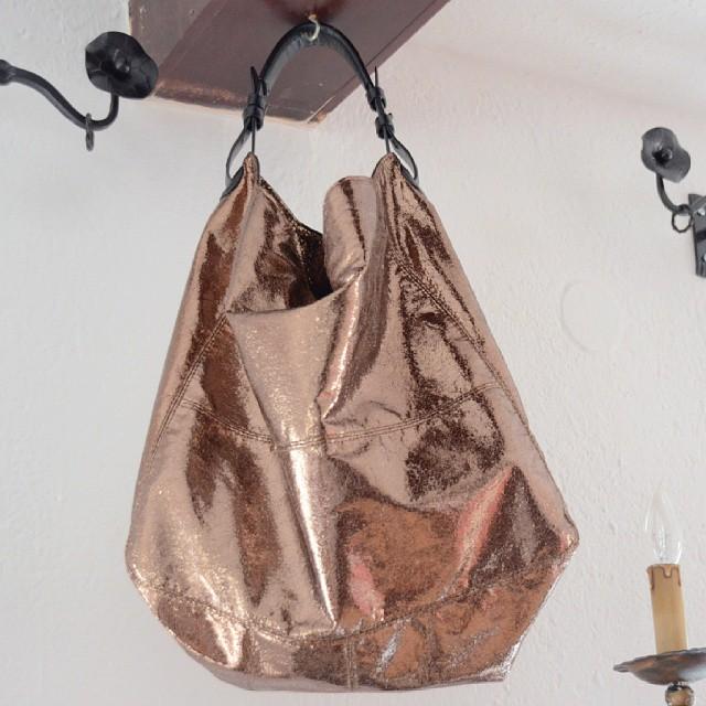 Golden brown bag #ootd #bag #mango #70s #weekend #mood www.redseconals.com
